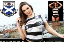 สกอตแลนด์ ไอเดียแจ่ม ใช้นางแบบนู้ดโปรโมทเสื้อทีม