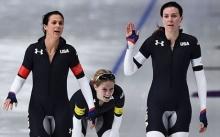 โอลิมปิกฤดูหนาวเอาอีกแล้ว!! ชุดสปีดสเกตสหรัฐเล่นเอาแฟนกีฬาโฟกัสผิดจุด?