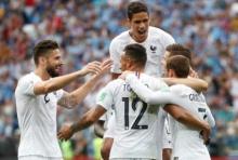 มุสเลรามอบโชค! ฝรั่งเศสทุบอุรุกวัย 2-0 ทะลุตัดเชือกทีมแรก(ไฮไลต์)