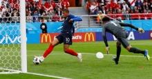 อัมบัปเป ทำสถิติอายุน้อยสุดยิงประตูบอลโลกได้ พาฝรั่งเศสทุบเปรู(ไฮไลต์)
