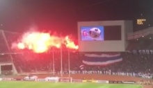 แฟนบอลไทยจุดพลุไฟข่มขวัญคู่ต่อสู้(อีกแล้ว) หลังไทยขึ้นนำอินโดฯ 1-0(มีคลิป)