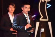ซิโก้-ชัปปุยส์-แข้งสาวไทยกวาดรางวัล MThai Top Talk-About 2015