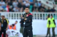 ซิโก้ โอดเชิ้ตดำไม่ปกป้องแข้งไทย เสียเร็วทำผิดแผนจนพ่ายเละเทะ 0-4