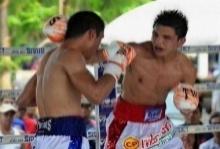 """""""เพชร"""" หืดจับรักษาแชมป์ เยาวชนสภามวยโลก (WBC youth)"""