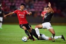 เมืองทองถล่มศรีสะเกษขาด 3-0 กลับจ่าฝูงไทยลีก - สรุปผลทุกคู่